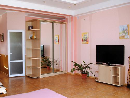 Снять квартиру в Ялте - Снять Квартиру в Ялте, Массандровский пляж, ул.Дражинского