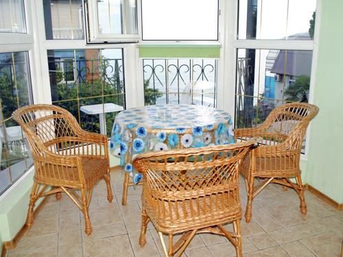 Снять квартиру в Ялте - Квартира в Ялте посуточно, Массандравский пляж, ул. Дражинского