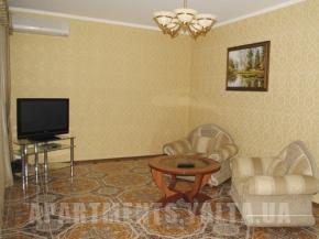 Снять квартиру в Ялте - Дом в Ялте, ул. Большевицкая