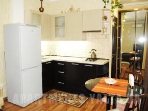 Снять квартиру в Ялте - Снять квартиру в Ялте, Рядом с Набережной, ул. Чехова