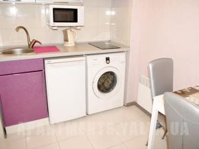 Снять квартиру в Ялте - Снять квартиру в Ялте, Рядом с Набережной, ул. Московская