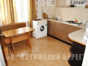 Снять квартиру в Ялте - Снять дом в Ялте, Спальный район, ул. Поселковая